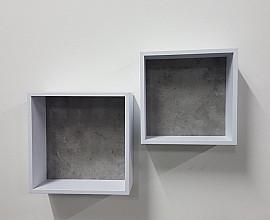 Stenski polici Malmo 02 27x27x10 cm Barva cement,bela