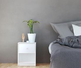 Nočna omarica Metz Barva bela